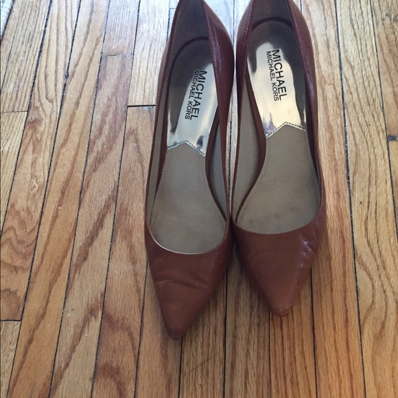 Michael Kors Shoes - Authentic Michael Kors pumps